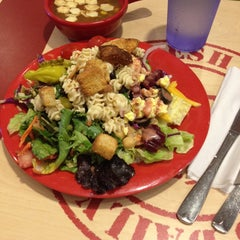 Photo taken at Sweet Tomatoes by Melissa H. on 6/8/2014
