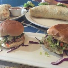 Photo taken at Wahoo's Fish Taco by Jeffrey K. on 7/2/2015