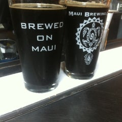 Photo taken at Maui Brewing Co. Brewpub by Allison R. on 7/18/2013