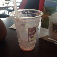Photo taken at McDonald's by Gianella M. on 1/31/2015