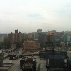 Photo taken at Sheraton Brooklyn New York Hotel by Ceasar K. on 10/4/2012