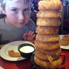 Photo taken at Red Robin Gourmet Burgers by coryeats.com on 7/13/2013