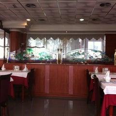 Photo taken at Restaurante Chino Jin by GloryRoller G. on 11/17/2012