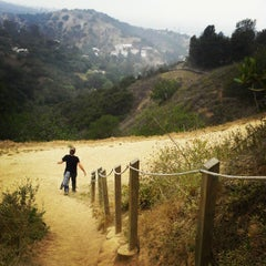 Photo taken at Fryman Canyon by Jesus E. on 4/13/2013