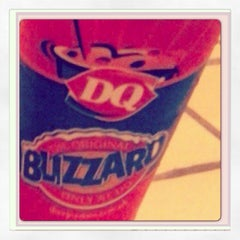 Photo taken at Dairy Queen by Riza Rose C. on 10/1/2013
