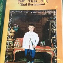 Photo taken at Thai Thai by Stephanie T. on 5/28/2013