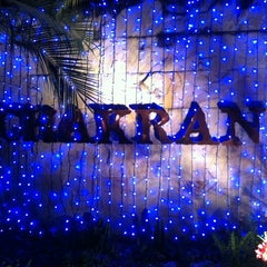 Photo taken at Chakran Sauna (ฉกรรจ์) by Punnipast P. on 12/10/2011