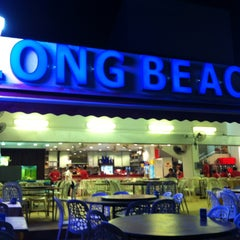 Photo taken at Long Beach UDMC Seafood Restaurant by Jovin S. on 9/29/2013