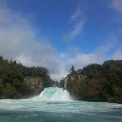 Photo taken at Huka Falls by Maleh on 8/11/2013