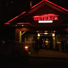 Photo taken at Outback Steakhouse by Claudia A. on 11/5/2012