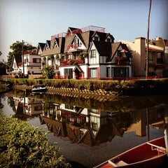 Photo taken at Venice Canals by Sonia C. on 8/6/2013