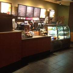 Photo taken at Starbucks by Tonii L. on 9/28/2012