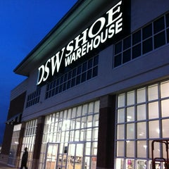 Photo taken at DSW Designer Shoe Warehouse by Xin H. on 10/4/2013