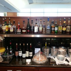 Photo taken at United Global First Class Lounge by DJ H. on 5/16/2013
