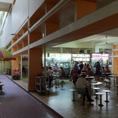 Photo taken at Bukit Merah Central Food Centre by Mk P. on 2/26/2013