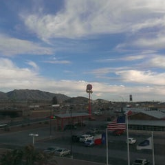 Photo taken at Hampton Inn & Suites El Paso West by FauKiL S. on 2/6/2013