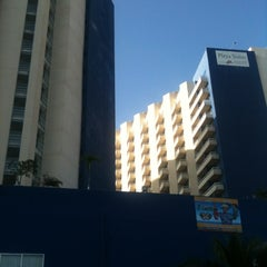 Photo taken at Hotel Playa Suites by Raúl H. on 12/29/2012