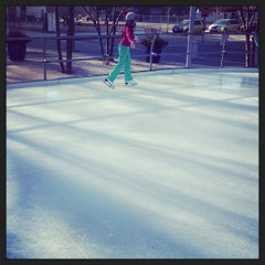 Photo taken at Kendall Square Community Ice Skating by Cuisine e. on 12/27/2014