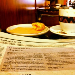 Photo taken at Cafe Fleca Feliu by Paco I. on 6/15/2015