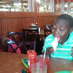 Photo taken at Golden Corral by Aminah H. on 6/17/2014