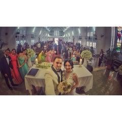 Photo taken at Iglesia San Antonio de Padua by Roberto C. on 6/28/2015