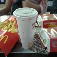 Photo taken at McDonald's by Rafael E. on 1/16/2013