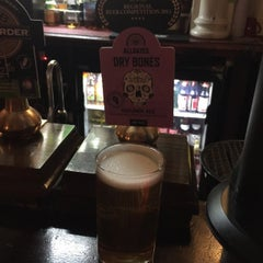 Photo taken at Vernon Arms by Iain 🍻 L. on 2/15/2016