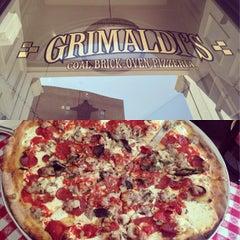 Photo taken at Grimaldi's Pizzeria by HelloKittyRocks on 7/26/2013