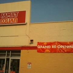 Photo taken at Family Dollar by Ms Titus 2. on 9/16/2012