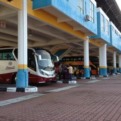 Photo taken at Sungai Nibong Express Bus Terminal by Pkcik T. on 9/30/2012
