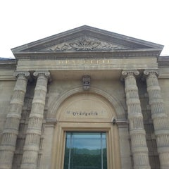 Photo taken at Musée de l'Orangerie by Vickie F. on 5/27/2013