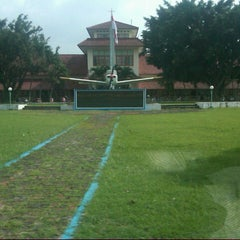 Photo taken at Sekolah Tinggi Penerbangan Indonesia (STPI) by Muhamad F. on 2/26/2013