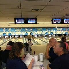 Photo taken at Lane Glo Bowl by Genaro V. on 3/15/2013