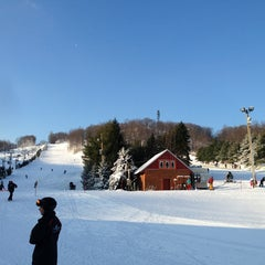 Photo taken at Bear Creek Mountain Resort and Conference Center by Lucinda D. on 1/5/2013