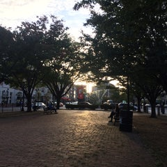 Photo taken at Kenmore Square by Yun Jeong S. on 9/29/2015