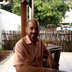Photo taken at Restaurante Manauê by Marco Aurélio P. on 10/21/2012