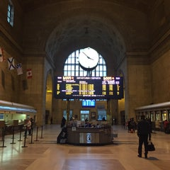 Photo taken at VIA Rail Business Lounge - Union Station by Trefor M. on 11/17/2014