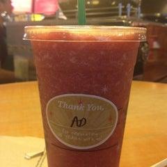 Photo taken at Starbucks Coffee by Eydee C. on 12/9/2012
