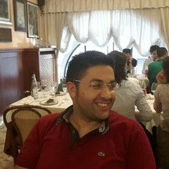 Photo taken at Papà Francesco by Hacı bayram T. on 6/13/2015