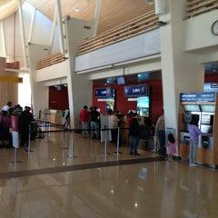 Photo taken at Aeropuerto Internacional El Tepual (PMC) by Juan diego O. on 2/21/2013