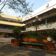 Photo taken at Fakultas Ekonomi by dyan x. on 3/11/2014