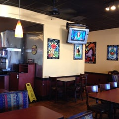 Photo taken at Moe's Southwest Grill by Lawrence W. on 10/9/2013