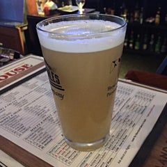 Photo taken at Severna Park Taphouse by Stu L. on 8/21/2015