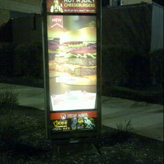 Photo taken at Wendy's by Calvin C. on 12/17/2011