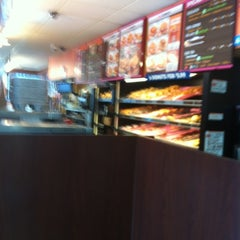 Photo taken at Dunkin' Donuts by Lisa on 8/19/2012