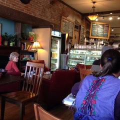 Photo taken at Windy Saddle Café by Ruut R. on 10/30/2014
