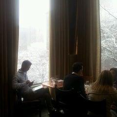 Photo taken at SoHo Grand Hotel Club Room by Yael on 3/8/2013