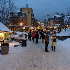Photo taken at Le Westin Resort & Spa, Tremblant, Quebec by Binh L. on 12/27/2013