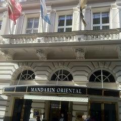 Photo taken at Mandarin Oriental, Munich by Arsen U. on 11/3/2012