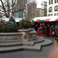 Photo taken at Union Square Holiday Market by Ann L. on 12/24/2012